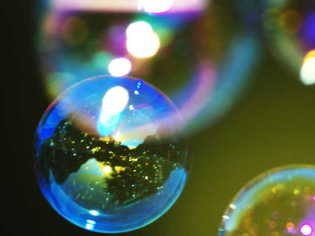 soap bubble interference effects